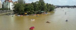lodičky na Vltavě