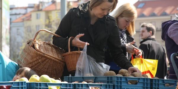 Farmářské trhy Dejvice